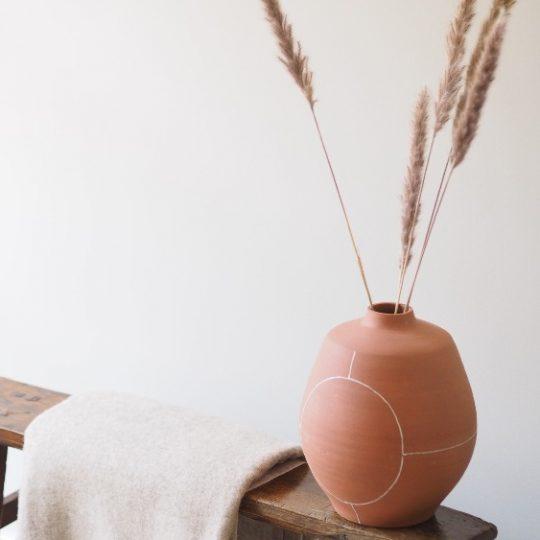 Terracotta vaas Koto